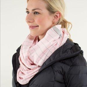 NWOT lululemon vinyasa scarf